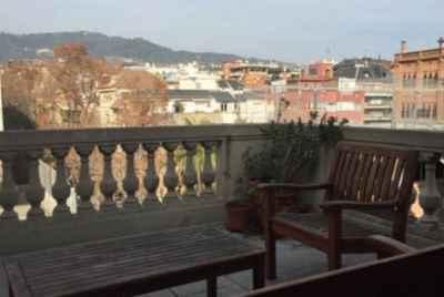 Шикарная квартира с четырьмя террасами в одном из самых престижных районах Барселоны